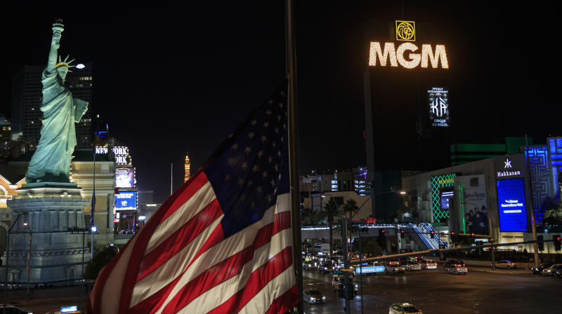Vegas Strip Goes Dark In Moving Tribute To Massacre Victims