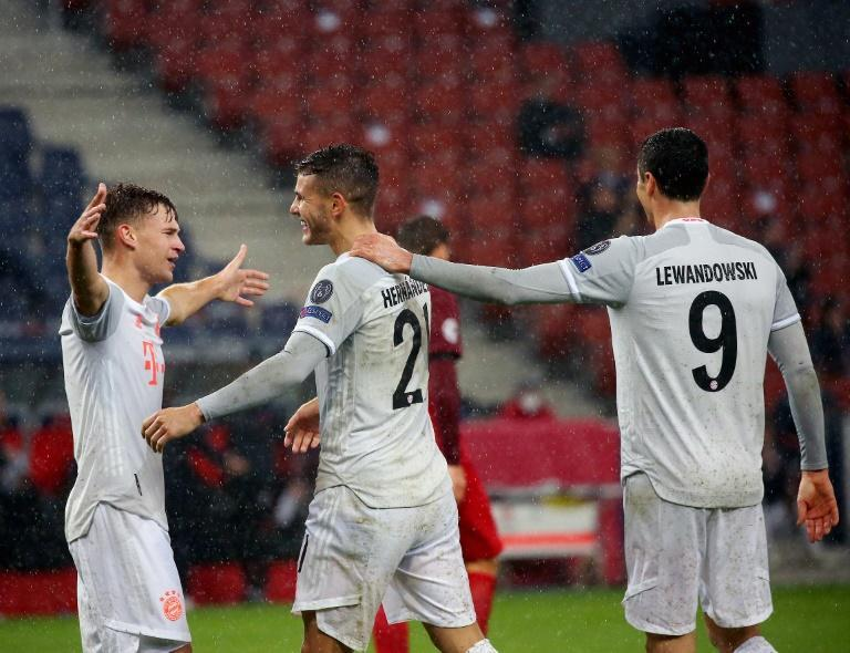 Bayern Munich made it 14 consecutive Champions League wins by beating Salzburg 6-2 in Austria