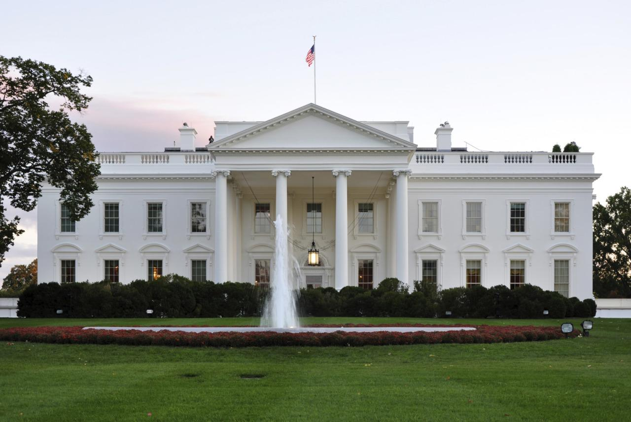 <p>This is the REAL White House in Washington, D.C. It's easy to see the similarities. (Photo: Thinkstock)</p>