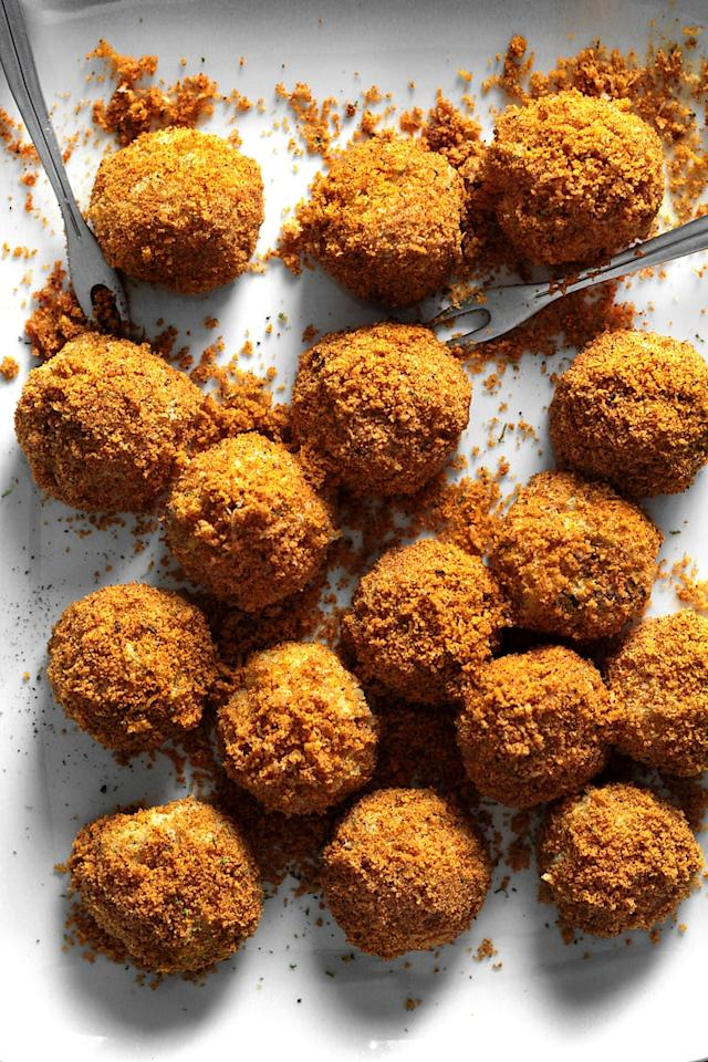 """<p>Ideal for game days or holiday parties, <a href=""""http://ladyandpups.com/2014/03/19/dusty-cheddar-potato-croquette-eng/"""" target=""""_blank"""" class=""""ga-track"""" data-ga-category=""""Related"""" data-ga-label=""""http://ladyandpups.com/2014/03/19/dusty-cheddar-potato-croquette-eng/"""" data-ga-action=""""In-Line Links"""">these cheddar croquettes</a> are worth breaking any diet for. The homemade cheddar spice powder is what really takes this recipe to the next level and can be served on just about anything.</p>"""