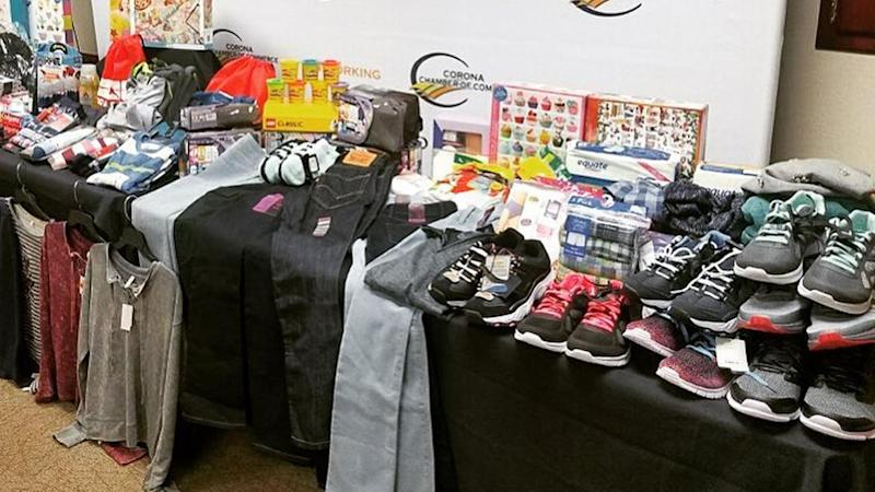 Turpin Case Clothes Shoes And Toys Donated To 13 Siblings Saved