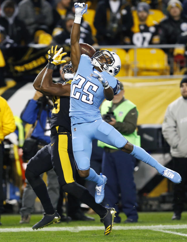 <p>Tennessee Titans cornerback Adoree' Jackson (25) breaks up a pass intended for Pittsburgh Steelers wide receiver JuJu Smith-Schuster (19) during the first half of an NFL football game in Pittsburgh, Thursday, Nov. 16, 2017. (AP Photo/Keith Srakocic) </p>
