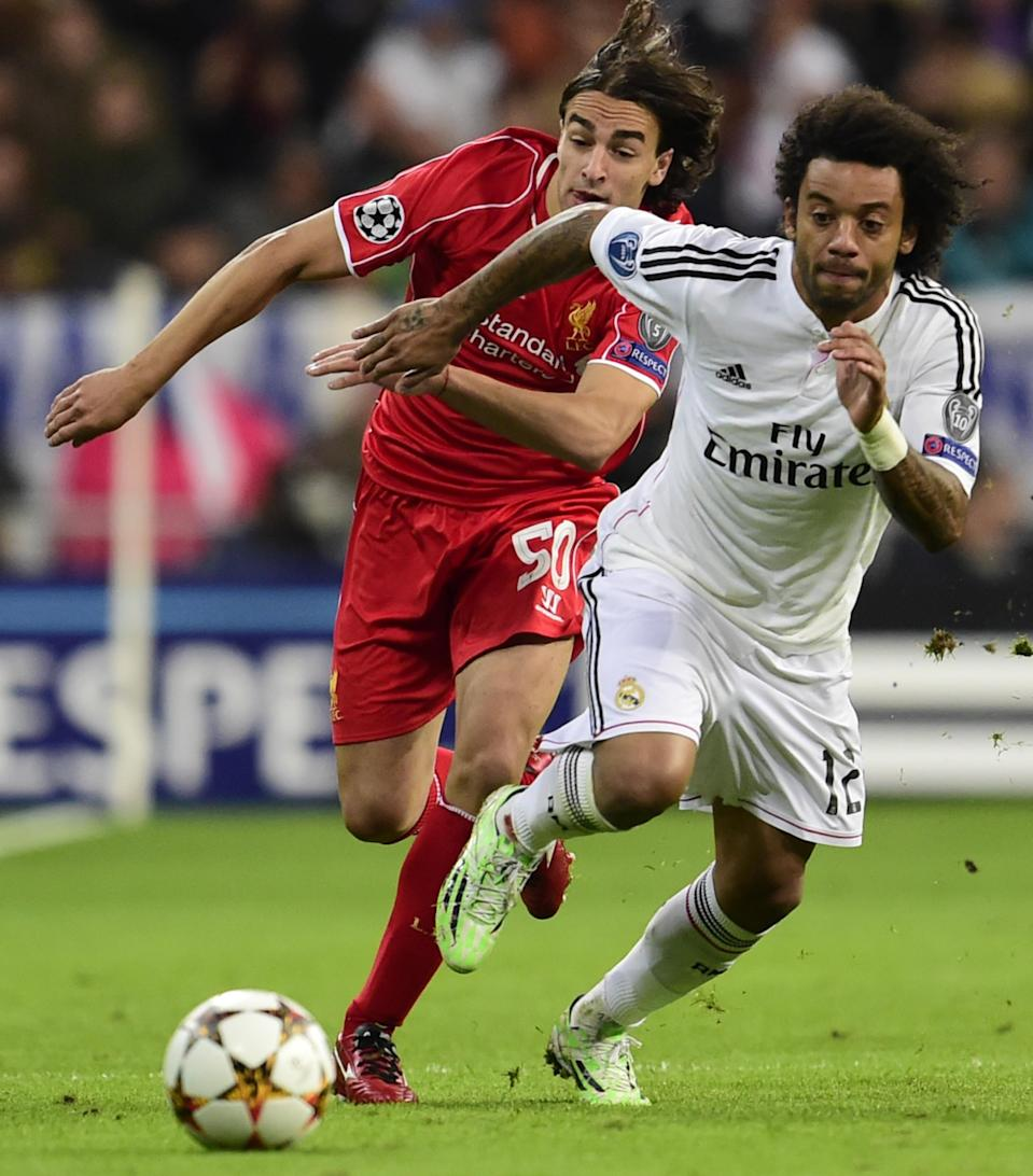 Liverpool's Lazar Markovic (L) and Real Madrid's Marcelo during their Champions League match in Madrid on November 4, 2014 (AFP Photo/Javier Soriano)