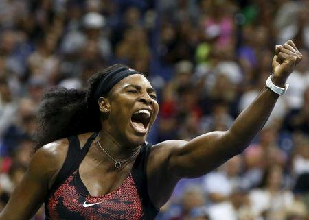 Serena Williams of the U.S. reacts during her match against Bethanie Mattek-Sands of the U.S. at the U.S. Open Championships tennis tournament in New York, September 4, 2015. REUTERS/Shannon Stapleton