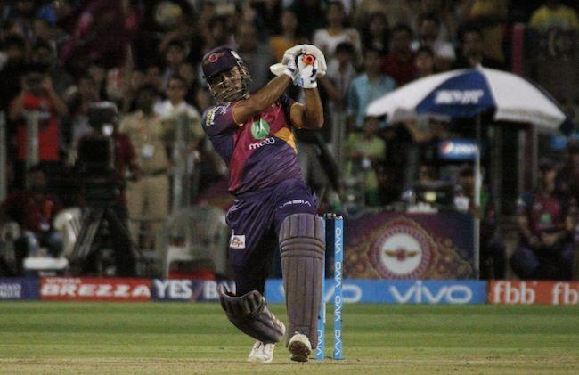 Dhoni Guides Pune to 6-wicket Win against Hyderabad