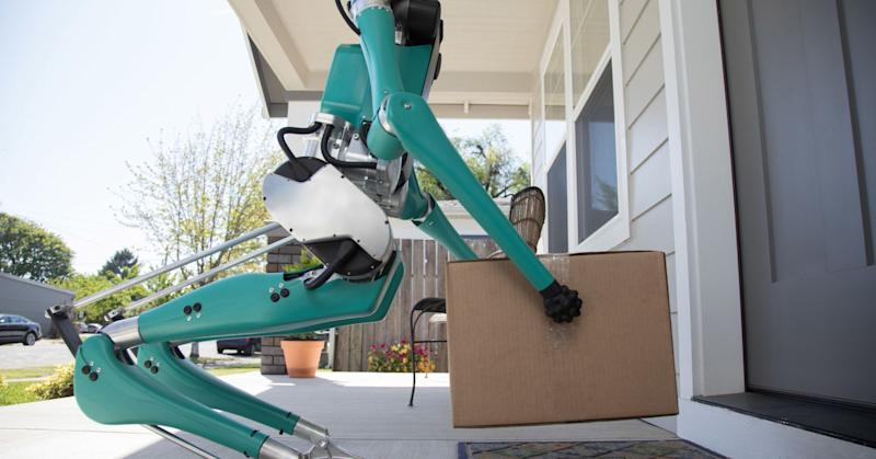 This walking robot could soon be delivering your packages