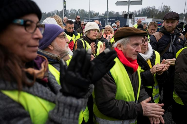 Around 60 people paid tribute to Chantal Mazet, a yellow vest supporter who died on the first day of the protests, a year ago (AFP Photo/ROMAIN LAFABREGUE)