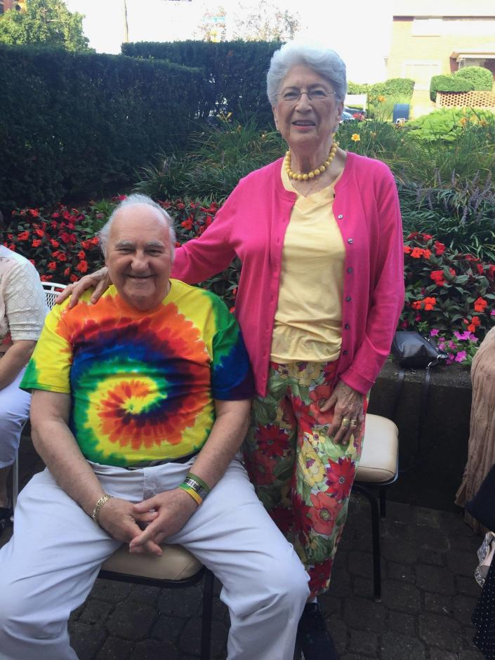 """<p>Sylvan, 86, and Bernice, 84, Simon were always ready to help other people, longtime friend and neighbor Jo Stepaniak says, and """"they always did it with a smile and always did it with graciousness."""" Sylvan was a retired accountant with a good sense of humor. Bernice, a former nurse, loved classical music and devoted time to charitable work, according to Stepaniak and neighbor Inez Miller. (Photo: Tree Of Life – Or L'Simcha Congregation via Facebook) </p>"""