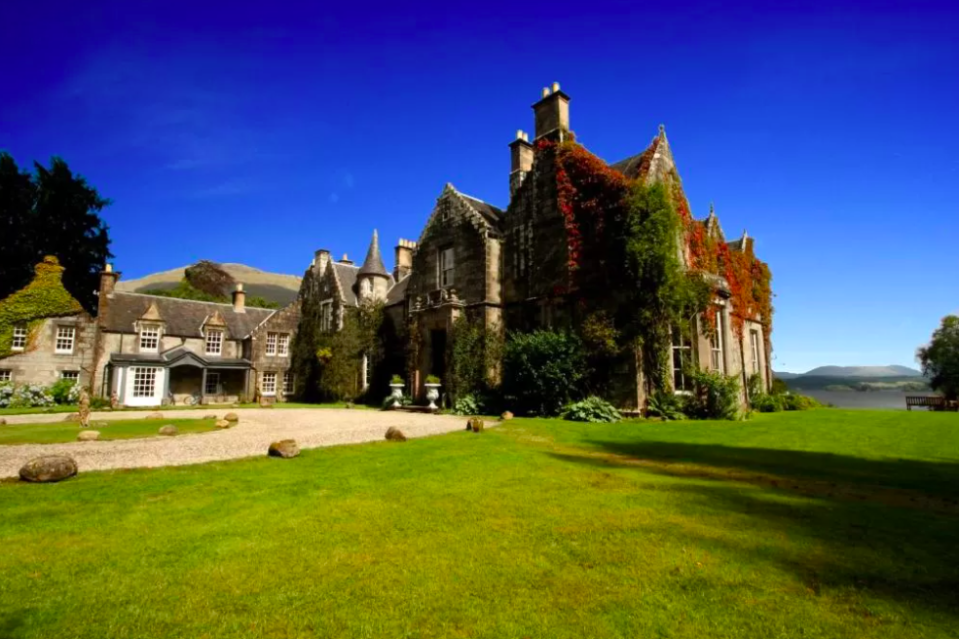 """<p>Romance doesn't have to mean breaking the bank as affordable enchantment is on offer at this magnificent baronial-style mansion, perched on the banks of Loch Awe. <a href=""""https://go.redirectingat.com?id=127X1599956&url=https%3A%2F%2Fwww.booking.com%2Fhotel%2Fgb%2Fardanaiseig.en-gb.html%3Faid%3D2070929%26label%3Dromantic-hotels-scotland&sref=https%3A%2F%2Fwww.redonline.co.uk%2Ftravel%2Finspiration%2Fg34727727%2Fromantic-hotels-scotland%2F"""" rel=""""nofollow noopener"""" target=""""_blank"""" data-ylk=""""slk:Ardanaiseig Hotel"""" class=""""link rapid-noclick-resp"""">Ardanaiseig Hotel</a> is set in 240 acres of wooded grounds, perfect for leisurely strolls. Inside the restaurant enjoys views of the loch and serves a contemporary menu, while various nooks are warmed by log fires throughout the hotel. </p><p>The sumptuous bedrooms are decorated with antique furniture, rich fabrics and unique feature beds. All rooms have a luxury bathroom with designer toiletries, a seating area and scenic views, too.</p><p>Don't miss the drawing room, which has a grand piano, plus the library bar stocking fine whiskies and offering a spot for an intimate nightcap. </p><p><a class=""""link rapid-noclick-resp"""" href=""""https://go.redirectingat.com?id=127X1599956&url=https%3A%2F%2Fwww.booking.com%2Fhotel%2Fgb%2Fardanaiseig.en-gb.html%3Faid%3D2070929%26label%3Dromantic-hotels-scotland&sref=https%3A%2F%2Fwww.redonline.co.uk%2Ftravel%2Finspiration%2Fg34727727%2Fromantic-hotels-scotland%2F"""" rel=""""nofollow noopener"""" target=""""_blank"""" data-ylk=""""slk:CHECK AVAILABILITY"""">CHECK AVAILABILITY</a></p>"""