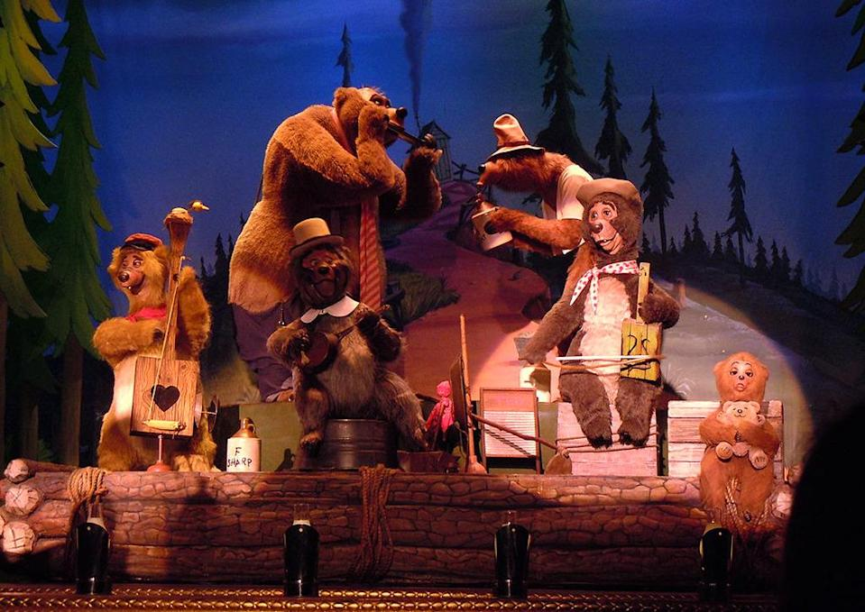 "<p>While Disney's premiere animatronic ursine combo still croon their bearish brand of country at Disney World, Disneyland pulled the plug on them in 2001 — right before they <a href=""https://www.youtube.com/watch?v=xeQRV0pskyw"" rel=""nofollow noopener"" target=""_blank"" data-ylk=""slk:headlined a feature film"" class=""link rapid-noclick-resp"">headlined a feature film</a> that everyone prefers to pretend never happened. <a href=""https://disneyland.disney.go.com/attractions/disneyland/many-adventures-of-winnie-the-pooh/"" rel=""nofollow noopener"" target=""_blank"" data-ylk=""slk:A Winnie the Pooh ride"" class=""link rapid-noclick-resp"">A Winnie the Pooh ride</a> occupies that space now, and country music really isn't that bear's jam (or honey). <a href=""https://commons.wikimedia.org/w/index.php?curid=10685759"" rel=""nofollow noopener"" target=""_blank"" data-ylk=""slk:(Photo: Whitenep/Wikipedia)"" class=""link rapid-noclick-resp""><i>(Photo: Whitenep/Wikipedia)</i> </a></p>"