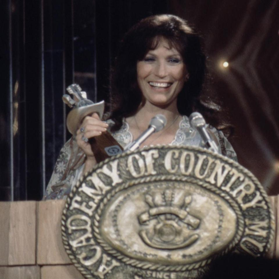 <p>Five years after the very first Academy of Country Music Awards, the Coal Miner's Daughter became the first woman to win entertainer of the year. She beat an all-male slate of Glen Campbell, Roy Clark, John Denver and Mickey Gilley.</p>