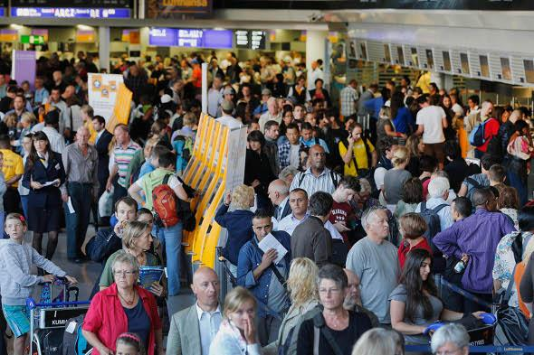 Lufthansa strike deepens - hundreds of flights cancelled