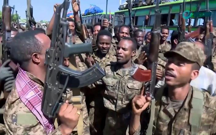 Troops are moving into Tigray to attack the rebellious northern government - AP
