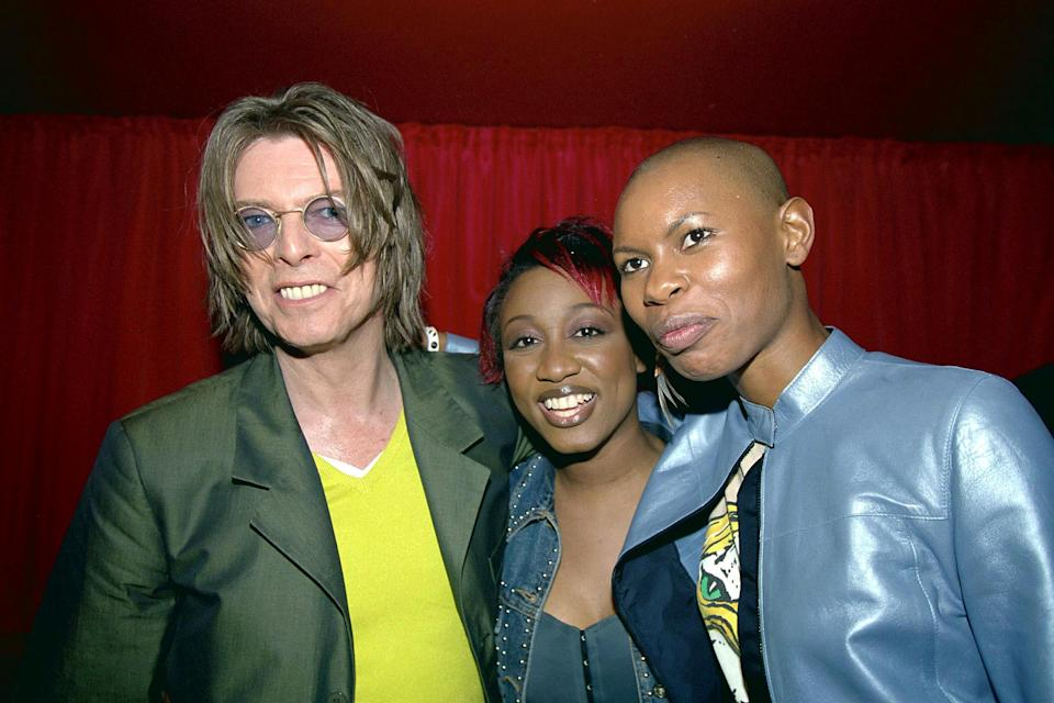 Mick Jagger, David Bowie And Pete Townshend At The David Bowie Party At Pop, Soho Street, London - 1999, David Bowie, Beverley Knight And Skin (Of Skunk Anansie) At The David Bowie Party At Pop, Soho Street, London (Photo by Brian Rasic/Getty Images)