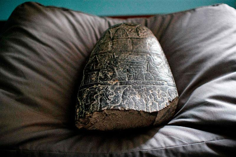 3,000-year-old Tablet From Babylonia Which Was Looted During Iraq War, Returned by UK