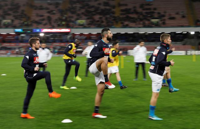 Soccer Football - Serie A - Napoli vs Genoa - Stadio San Paolo, Naples, Italy - March 18, 2018 Napoli's Dries Mertens and team mates warm up REUTERS/Ciro De Luca