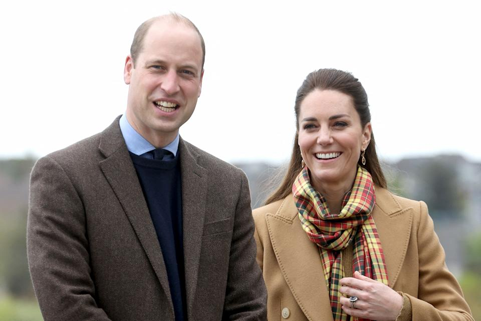 Britain's Prince William, Duke of Cambridge (L) and Britain's Catherine, Duchess of Cambridge, arrive to open The Balfour, a new hospital in Kirkwall, Orkney on May 25, 2021, during the Duke's week-long visit to Scotland. - Recently opened in 2019, The Balfour replaced the old hospital, which had served the community for ninety years. (Photo by Chris Jackson / POOL / AFP) (Photo by CHRIS JACKSON/POOL/AFP via Getty Images)