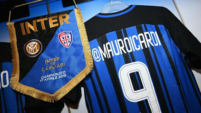 In celebration of #InterSocialNight, Inter players wore shirts with social media handles replacing their names for the clash with Cagliari.