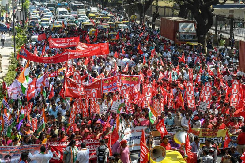 Woman Protester Dies in Karnataka on Day 1 of Bharat Bandh, Violence Reported from Various Parts
