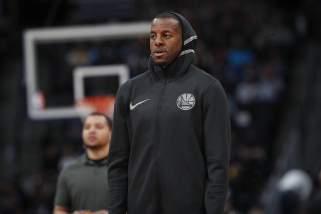 "<a class=""link rapid-noclick-resp"" href=""/nba/players/3826/"" data-ylk=""slk:Andre Iguodala"">Andre Iguodala</a> will miss his third straight Western Conference finals game with a leg contusion. (AP)"
