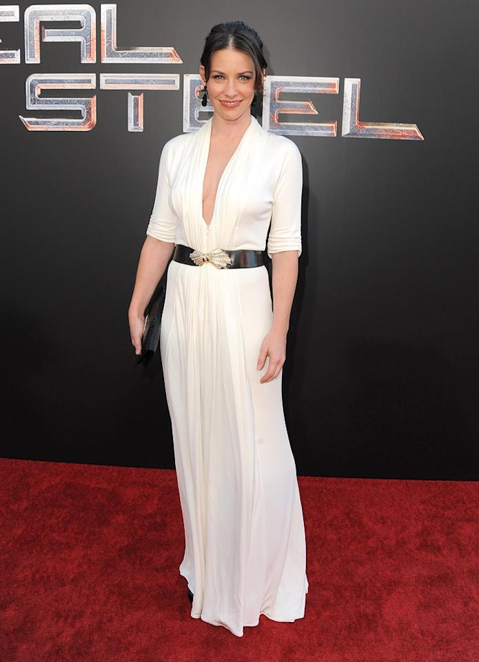 "<a href=""http://movies.yahoo.com/movie/contributor/1808573060"">Evangeline Lilly</a> at the Los Angeles premiere of <a href=""http://movies.yahoo.com/movie/1810130487/info"">Real Steel</a> on October 2, 2011."