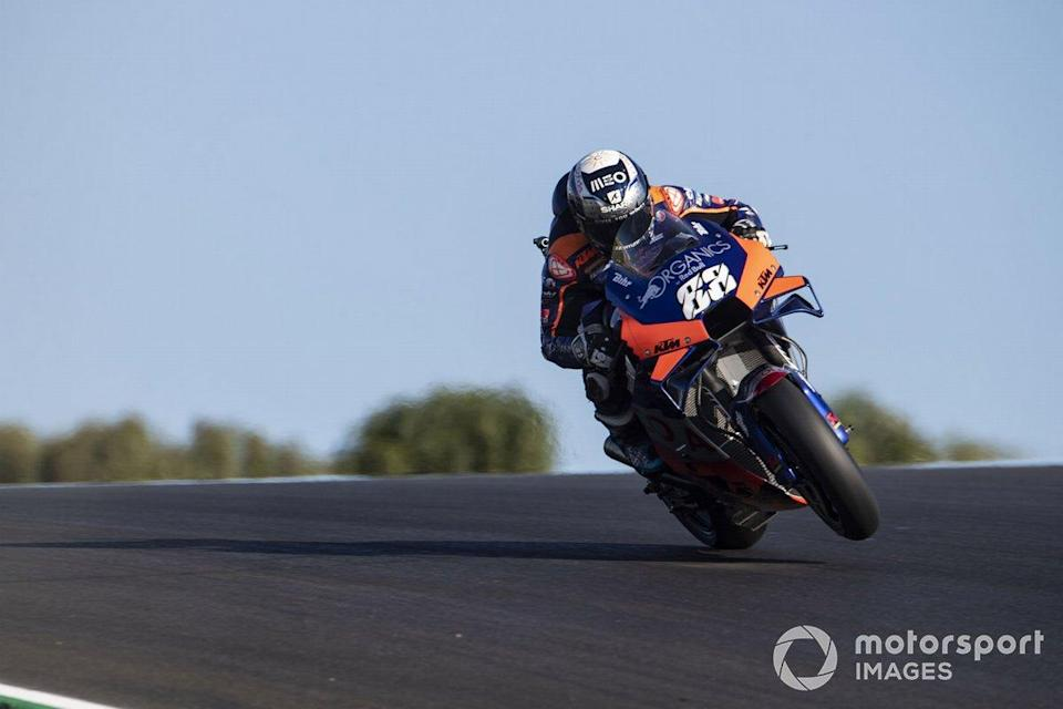 """Miguel Oliveira (Red Bull KTM Tech 3)<span class=""""copyright"""">Gold and Goose / Motorsport Images</span>"""