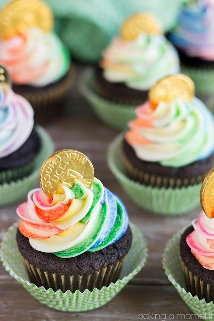 "<p>It's your lucky day!</p><p>Get the recipe from <a href=""https://bakingamoment.com/pot-of-gold-cupcakes/"" rel=""nofollow noopener"" target=""_blank"" data-ylk=""slk:Baking A Moment"" class=""link rapid-noclick-resp"">Baking A Moment</a>.</p>"