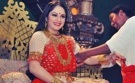 'Munnabhai' actress Gracy Singh to reprise her role as 'Santoshi Maa' on television