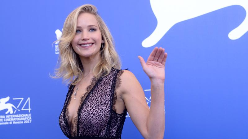 Jennifer Lawrence Once Tried to Jump Out of a Plane Thanks to Her Anxiety