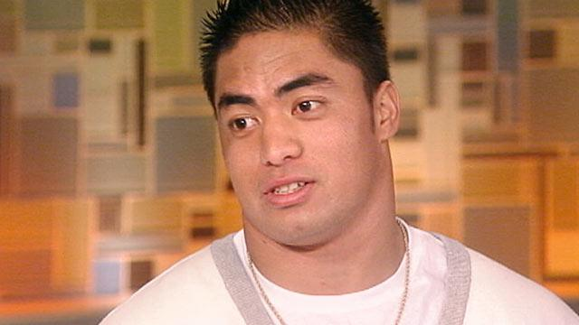 Manti Te'o Tells Couric He Briefly Lied About Girlfriend (ABC News)