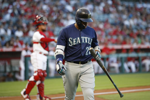 "The Mariners sure could have used <a class=""link rapid-noclick-resp"" href=""/mlb/players/7497/"" data-ylk=""slk:Robinson Cano"">Robinson Cano</a> for more than half a season. (AP Photo)"