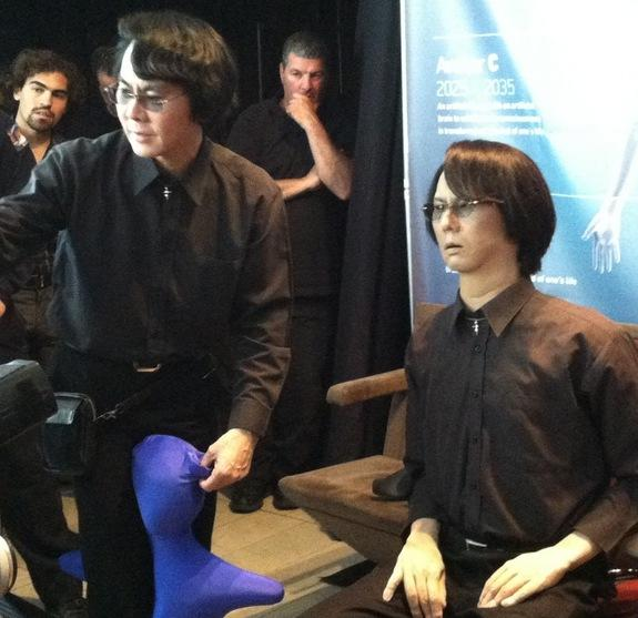 Body-Double: Lifelike Android Demoed at Futuristic Conference