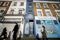 It may be just a sliver of London property, but it's on sale for nearly a million pounds ($1.3 million)