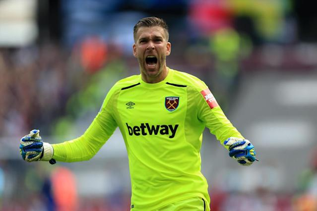 West Ham's Adrian keen on London Stadium stay, but wants to be first choice