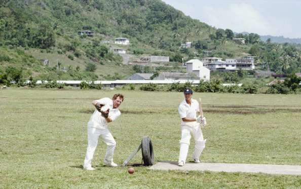 ST VINCENT : England players David Bairstow (l) and Geoffrey Boycott during an unusual net practice on the 1981 England cricket tour to the West Indies. (Photo by Adrian Murrell/Allsport UK/Getty Images)