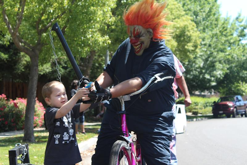 Clowns from Ranch of Horror helped a young fan mark the end of his cancer treatment. (Photo: Courtesy of Ranch of Horror)