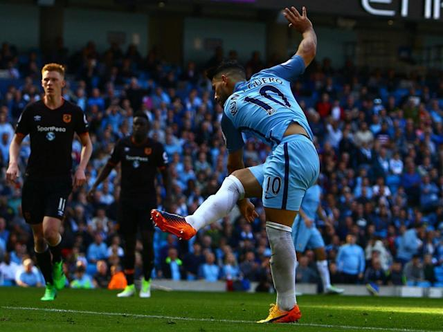 Aguero swept in City's second goal (AFP)