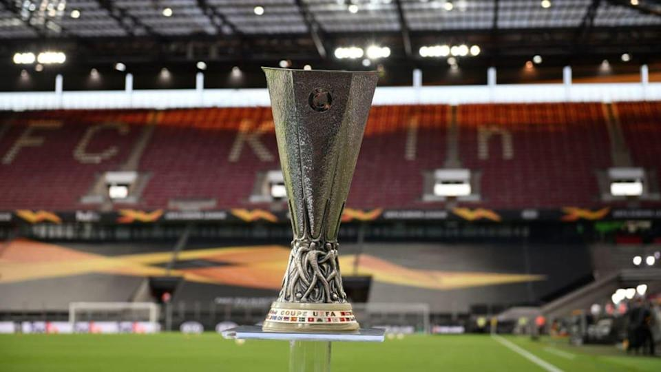 Il trofeo dell'Europa League | Soccrates Images/Getty Images