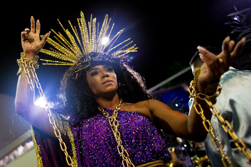 RIO DE JANEIRO, BRAZIL - FEBRUARY 23: Queen of Percussion Evelyn Bastos of Estacao Primeira de Mangueira samba school performs during the first night of 2020 Rio's Carnival Parades at the Sapucai Sambadrome on February 23, 2020 in Rio de Janeiro, Brazil. Carnival is the biggest and most popular celebration in Brazil.(Photo by Buda Mendes/Getty Images)