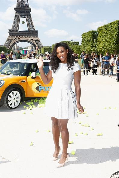 <p>Serena stunned wearing all white as she posed in Paris. <i> [Photo: Julien Hekimian/WireImage]</i></p>