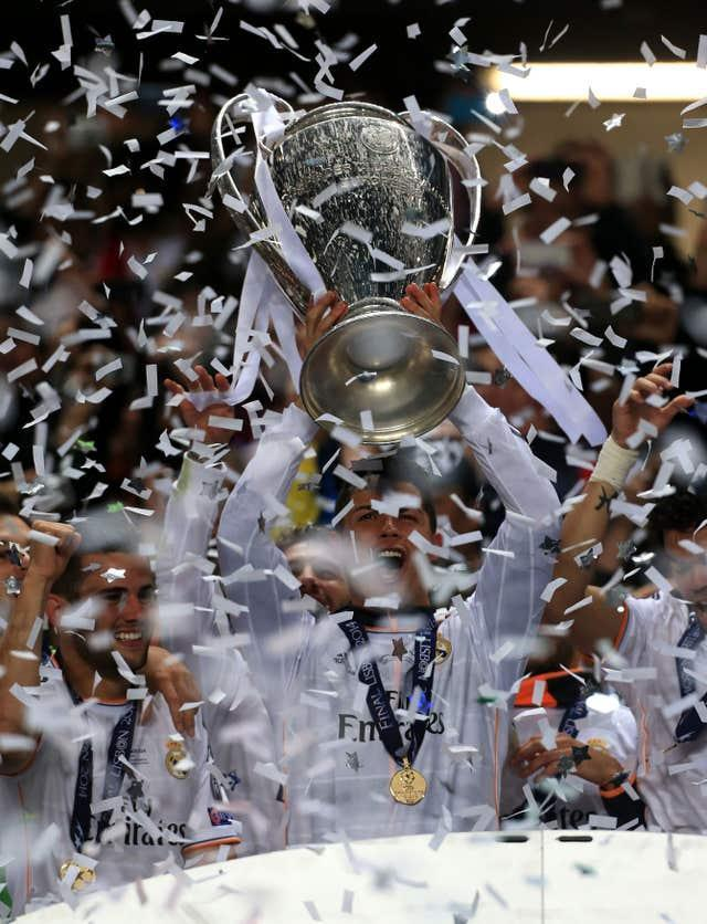 Ronaldo lifts the Champions League after Real Madrid's win over Atletico in the 2014 final in Lisbon