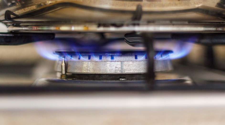 <em>Gas hobs could be banned from UK kitchens within the next six years (Pixabay)</em>