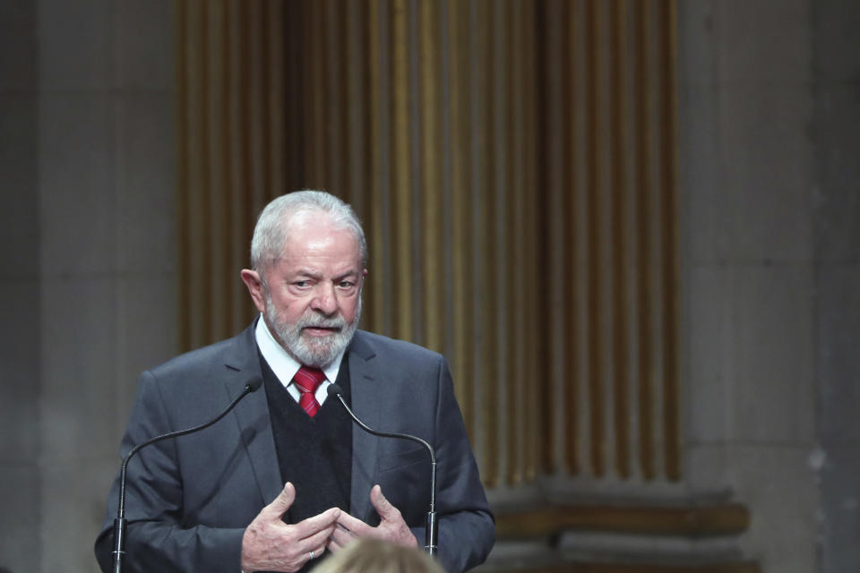 Brazilian former President Luiz Inacio Lula da Silva gives a speech during a ceremony to receive the honorary citizenship of Paris, Monday, March 2, 2020. (AP Photo/Thibault Camus)