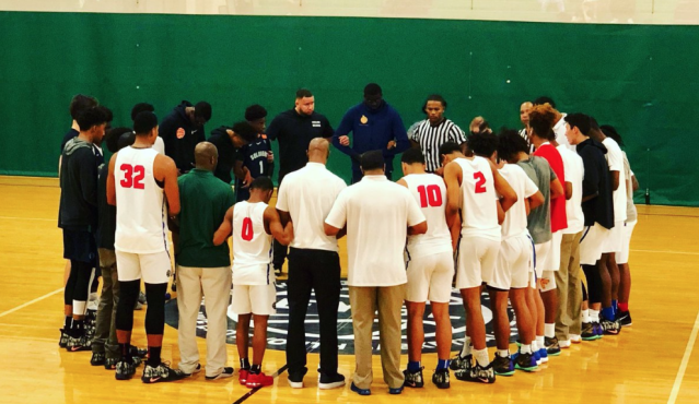 Teams gather following James Hampton collapsing at an AAU event. Hampton, 17, died at a nearby hospital Saturday night. (from @ScottiePippen)