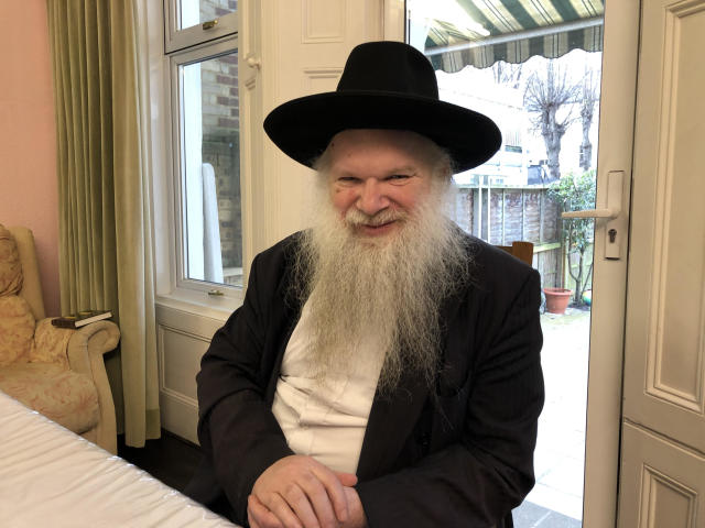 Rabbi Herschel Gluck co-ordinates the Shomrim Jewish volunteer community safety group in north-east London (Will Taylor)