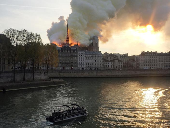 Smoke billows from the Notre Dame Cathedral after a fire broke out, in Paris, France, April 15, 2019. (Photo: Julie Carriat/Reuters)
