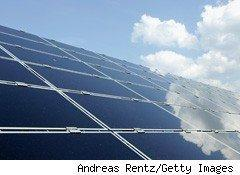 China Tops the World in Solar Panel Manufacturing