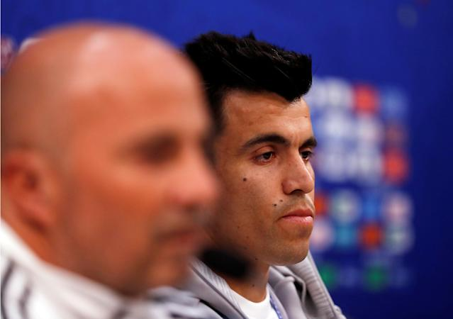 Soccer Football - World Cup - Argentina Press Conference - Nizhny Novgorod Stadium, Nizhny Novgorod, Russia - June 20, 2018 Argentina coach Jorge Sampaoli and Marcos Acuna during the press conference REUTERS/Carlos Barria