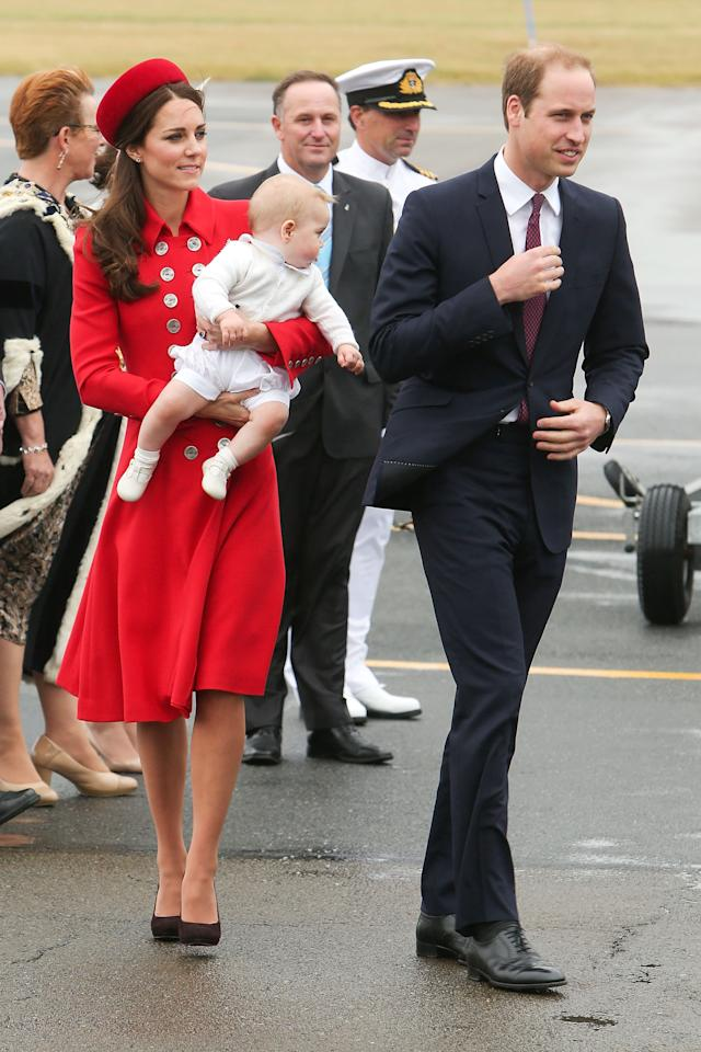 WELLINGTON, NEW ZEALAND - APRIL 07: Prince William, Duke of Cambridge, Catherine, Duchess of Cambridge and Prince George of Cambridge arrive at Wellington Airport on April 7, 2014 in Wellington, New Zealand. The Duke and Duchess of Cambridge are on a three-week tour of Australia and New Zealand, the first official trip overseas with their son, Prince George of Cambridge. (Photo by Hagen Hopkins/Getty Images)