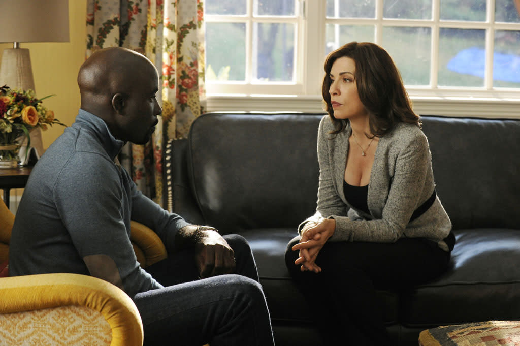 "Alicia (Julianna Margulies) helps drug dealer Lemond Bishop (Mike Colter), who is trying to avoid prosecution when he learns that one of his accountants has been arrested in ""Waiting for the Knock,"" the fifth episode of ""The Good Wife"" Season 4."